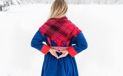 3 sätt att bära klänningar på under årets kyliga dagar